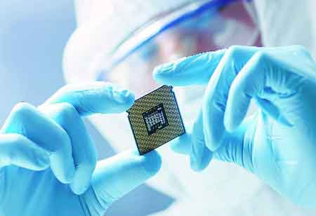 How Semiconductors Set New Standards for Healthcare Solutions